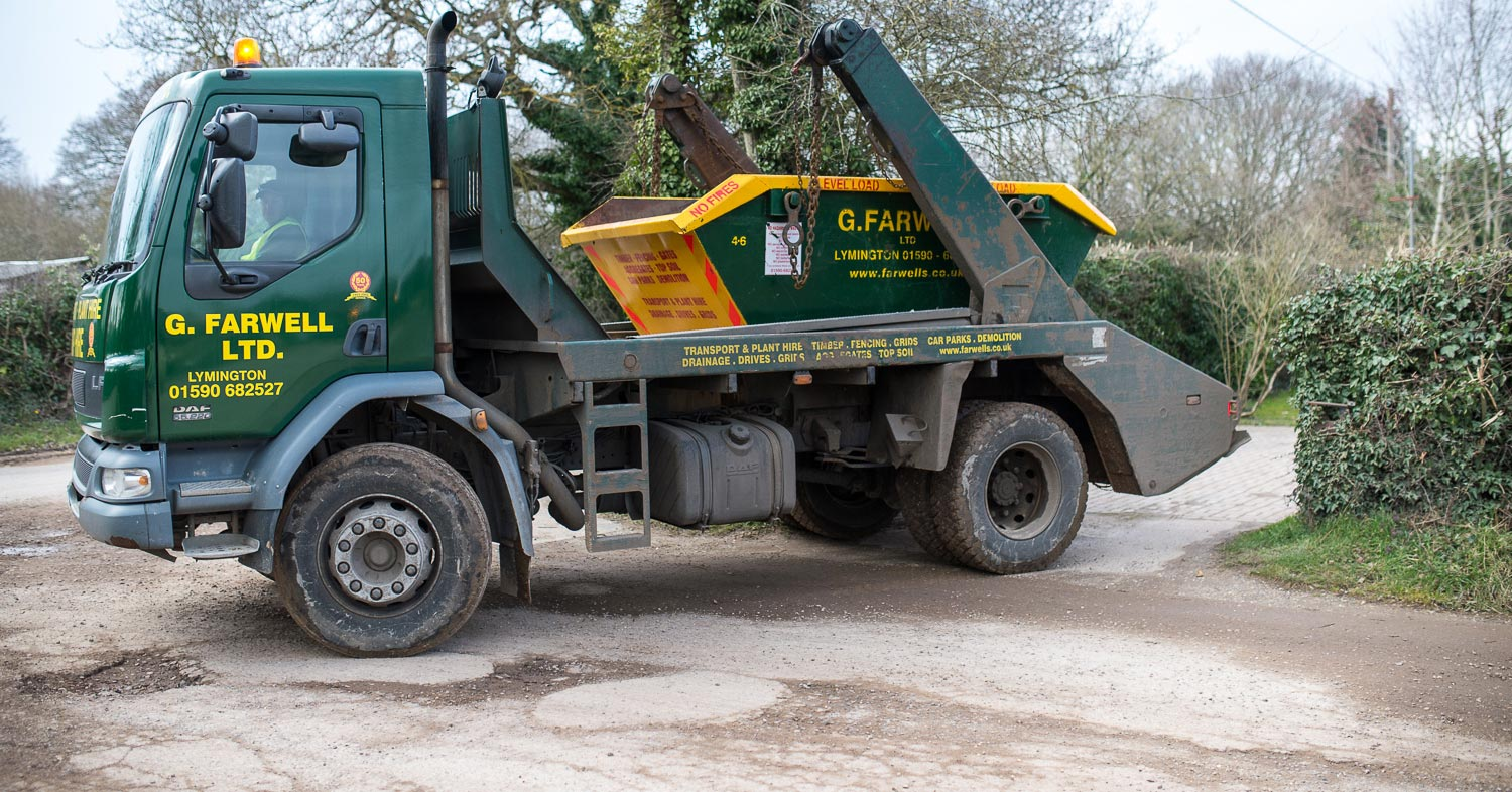 Farwells skip hire in beaulieu