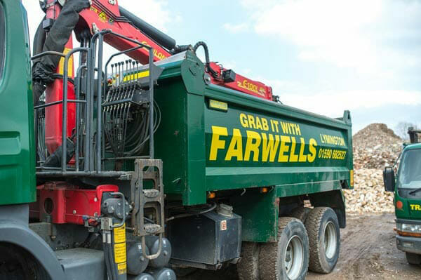 farwells grab lorry hire in hythe